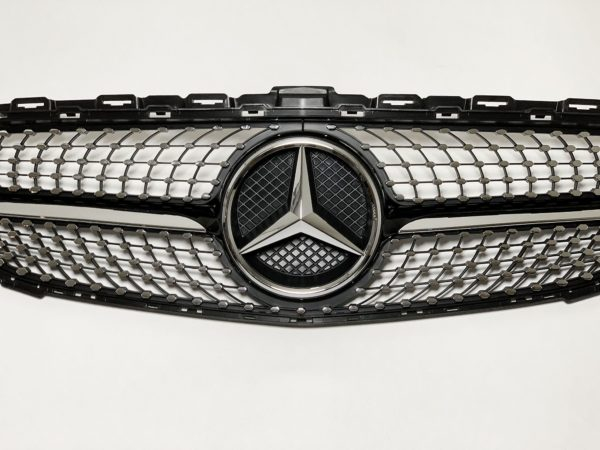 Решетка радиатора на mercedes W205 Diamond