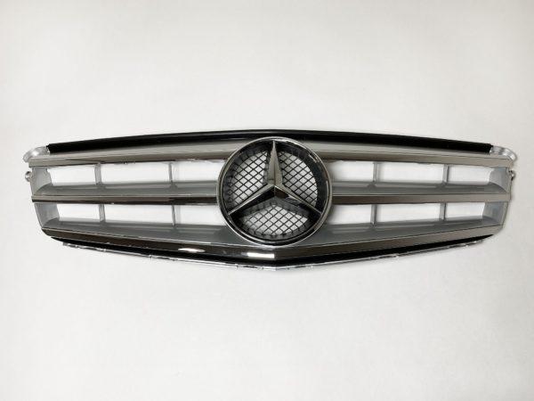 Решетка радиатора Mercedes W204 в стиле авангард