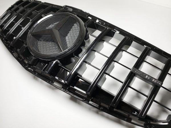 Решетка радиатора Mercede GT