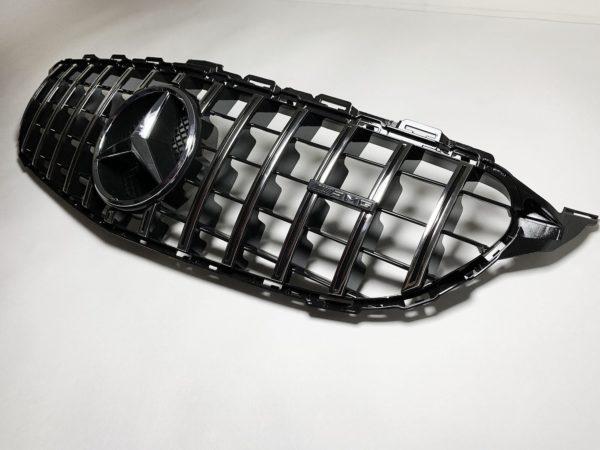 Решетка радиатора Mercedes W205 GT