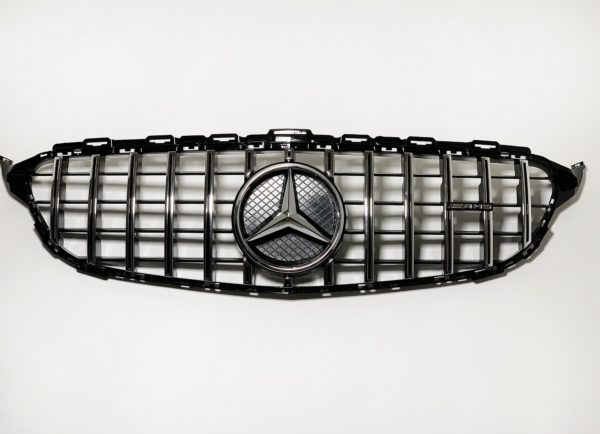 Решетка радиатора Mercedes Benz C W205 GT
