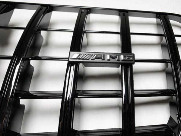 Решетка радиатора Mercedes Benz amg W212 GT черная