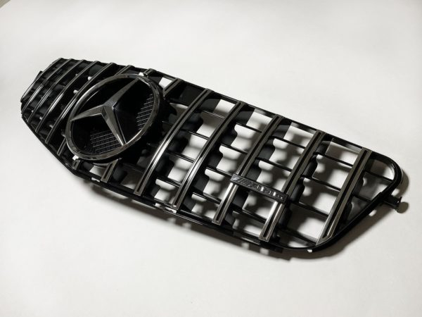 Решетка радиатора Мерседес 204 ГТ панамерика хром