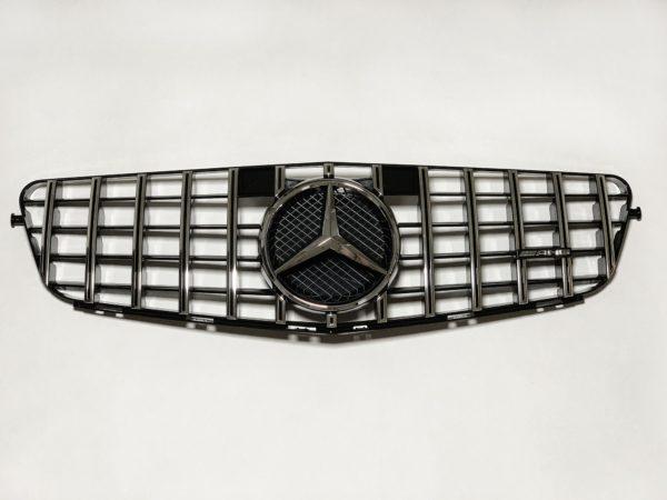 Решетка радиатора Мерседес 204 GT хром