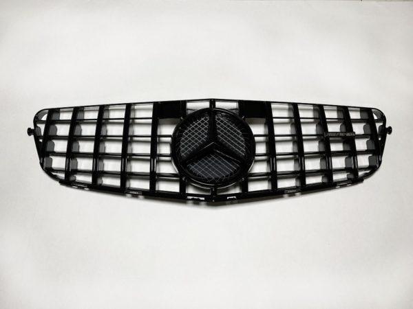 Тюнинг решетка мерседес GT w204