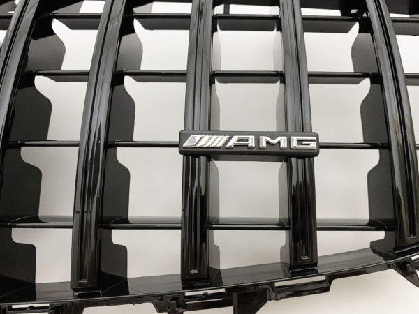 Решетка радиатора mercedes w213 GT черная amg