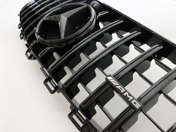 Решетка радиатора mercedes w213 GT черная c камерой