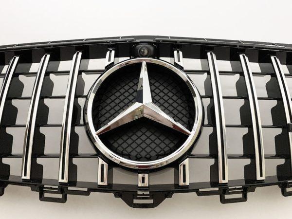 Решетка радиатора Мерседес w213 GT